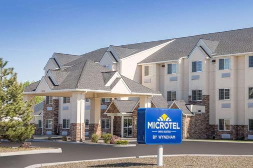 Microtel Inn & Suites by Wyndham Klamath Falls - Klamath Falls - Κτίριο