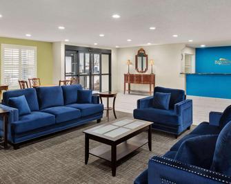 Baymont by Wyndham Washington - Washington - Wohnzimmer