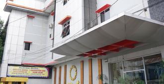 Mangga Dua Hotel Makassar - Makassar