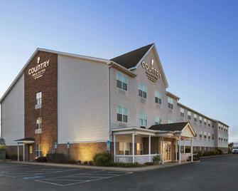 Country Inn & Suites by Radisson, Elyria,OH - Elyria - Building