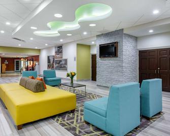 Quality Inn & Suites Riverfront - Palatka - Salónek