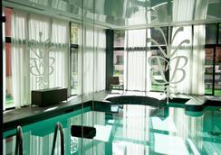 Best Western Premier Grand Monarque Hotel & Spa - Chartres - Pool