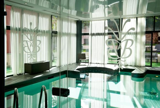 Best Western Premier Grand Monarque Hotel & Spa - Chartres - Uima-allas