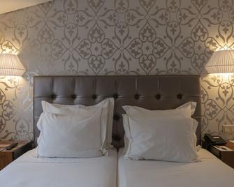 Hotel Lis Batalha Mestre Afonso Domingues - Batalha - Bedroom