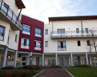 Residence Le Querce Lainate - Lainate - Gebouw