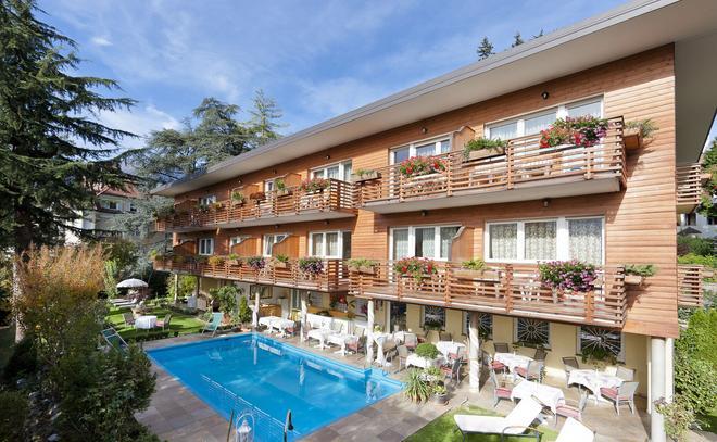 Hotel Aster - Merano - Rakennus