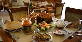Aapno Ghar Resort - Gurugram - Restaurant