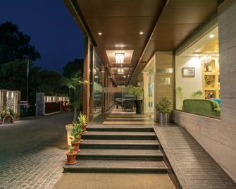 Lemon Tree Hotel Alwar - Alwar - Gebäude