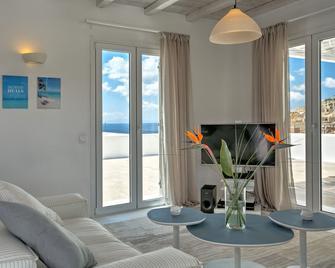 Senses Luxury Villas & Suites - Elia - Living room