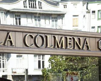 La Colmena - Luarca - Außenansicht