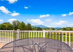 Best Western White Mountain Inn - Franconia - Balcony