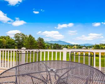 Best Western White Mountain Inn - Franconia - Balkon