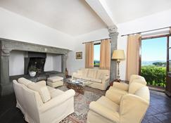 Relais Vignale & Spa - Radda In Chianti - Wohnzimmer