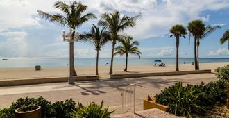 Riptide Oceanfront Hotel - Hollywood - Strand