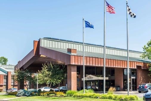 Baymont Inn and Suites Indianapolis South - Indianapolis - Rakennus