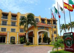 Hotel Hacienda Real - Сьюдад-дель-Кармен - Здание