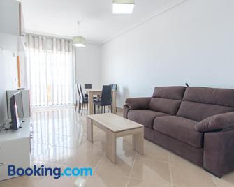 Apartamentos Completos III Carlos III - Aguadulce - Living room