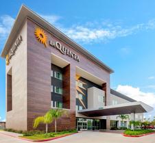 La Quinta Inn & Suites by Wyndham McAllen Convention Center