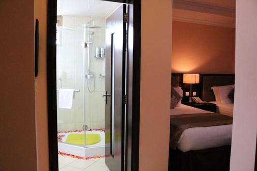 Saro Maria Hotel - Addis Abeba - Schlafzimmer