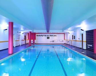 Armagh City Hotel - Armagh - Pool