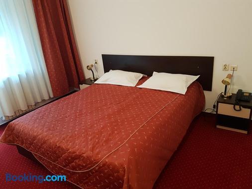 Hotel Cristal-Stadion - Sinaia - Bedroom
