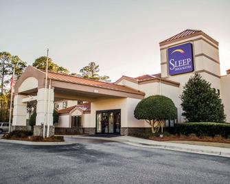 Sleep Inn & Suites Near Ft. Bragg - Spring Lake - Gebäude