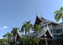The Grand Beach Resort Port Dickson - Port Dickson - Κτίριο