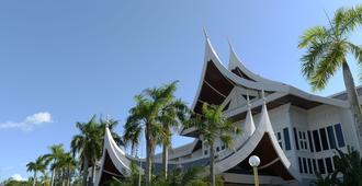 The Grand Beach Resort Port Dickson - Port Dickson - Toà nhà