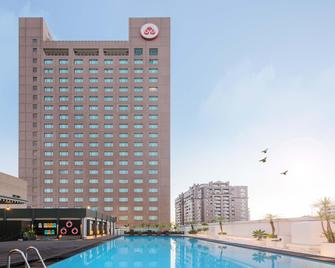 Howard Plaza Hotel Kaohsiung - Kaohsiung - Building