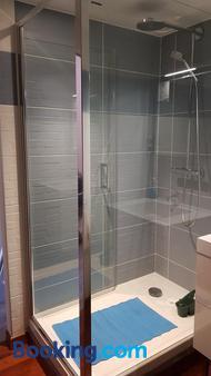 Au Coq Bleu - Mareugheol - Bathroom