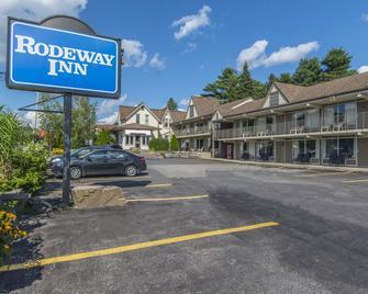 Rodeway Inn King William - Huntsville - Gebäude