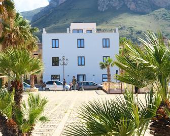 Residence Itaca - Castellammare del Golfo - Building
