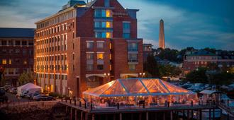 Residence Inn by Marriott Boston Harbor on Tudor Wharf - Boston - Building