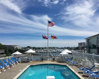 Anchor In Distinctive Waterfront Lodging - Hyannis - Pool