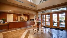 Best Western Plus Palm Desert Resort - Palm Desert - Front desk