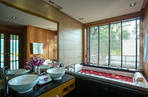 Villa Tantawan Resort And Spa - Kamala - Bathroom