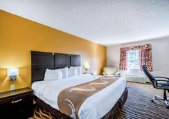 Quality Inn - Sarasota - Bedroom