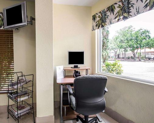 Quality Inn - Sarasota - Business centre