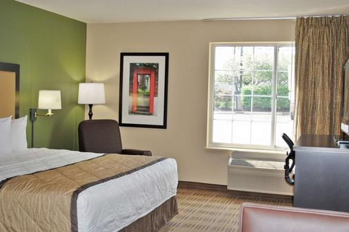 Extended Stay America - Minneapolis - Airport - Eagan - North - Eagan - Bedroom