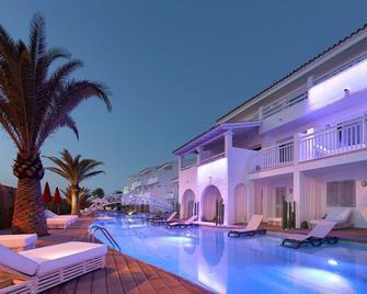 Ushuaia Ibiza Beach Hotel - Adults Only - Sant Jordi de ses Salines - Piscina