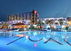 Ushuaia Ibiza Beach Hotel - Adults Only - Sant Jordi de ses Salines - Pool