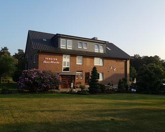 Pension Haus Monika - Bispingen - Building