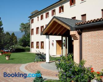 Hotel Del Parco Ristorante Loris - Pieve di Soligo - Edificio