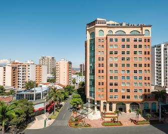 Hotel Dann Carlton Bucaramanga - Букараманга - Здание