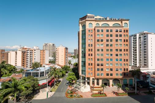 Hotel Dann Carlton Bucaramanga - Bucaramanga - Building
