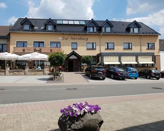 Zur Neroburg - Neroth - Будівля