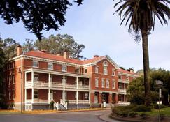 Inn At The Presidio - San Francisco - Gebouw