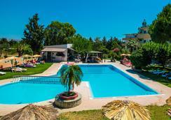 Achousa Hotel - Faliraki - Pool