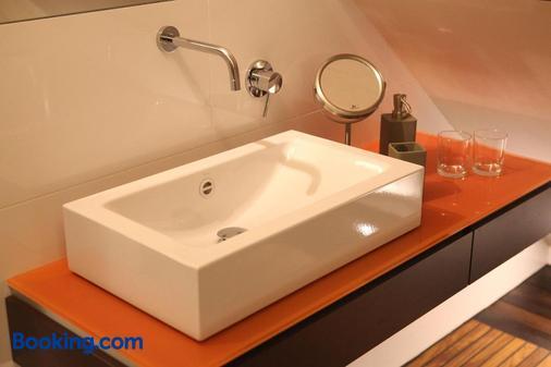 B&B Villa Emma - Ghent - Bathroom