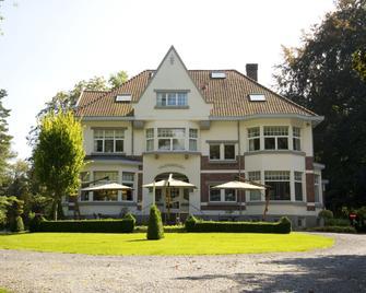 Bloemenweelde - Genk - Building